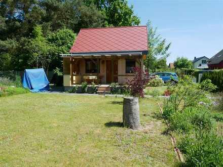 Sonniges Gartengrundstück mit schönem Haus *Eigentum, keine Pacht*