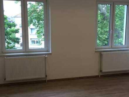 Erstbezug nach Sanierung: 2,5-Zimmer-Wohnung mit Balkon in Herne Nähe Strünkede Park