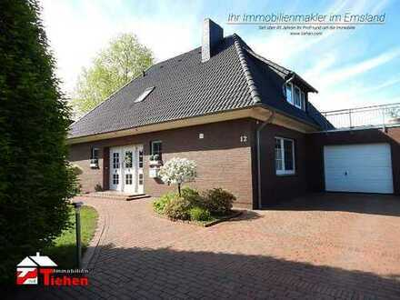 Gepflegter Walmdachbungalow mit Dachterrasse und Wohnmobilstellplatz in idyllischer Lage!