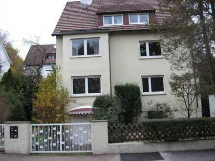 helle 3-Zimmer-EG-Wohnung mit Terrasse und Einbauküche in Stuttgart- Zuffenhausen