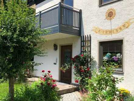 Schöne 4,5 -Zimmer-Wohnung mit 2 Balkonen und Garten und Einbauküche in Top-Lage Vilshofen