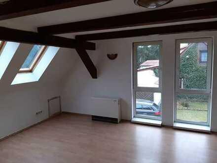 300 €, 60 m², 2 Zimmer
