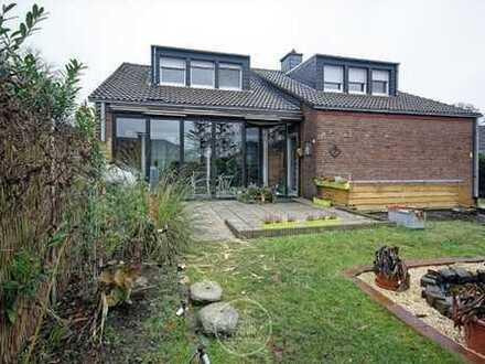 Großes Einfamilienhaus mit Garten in Südlage!