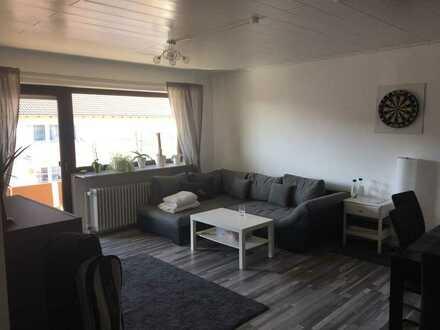 Vollständig renovierte Wohnung mit zwei Zimmern und Balkon in Schwetzingen