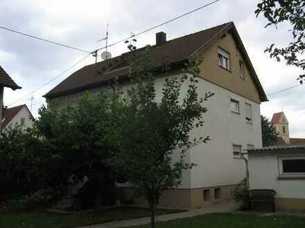 Schöne DG-Wohnung mit herrlicher Dachterrasse