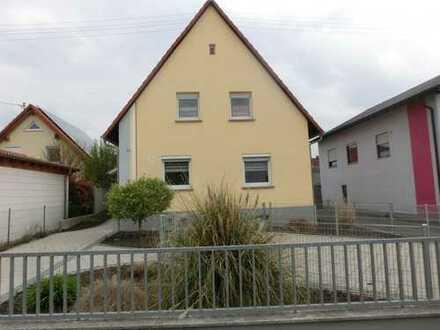 Attraktives Einfamilienhaus für junge Familien (Erbbaugrundstück)