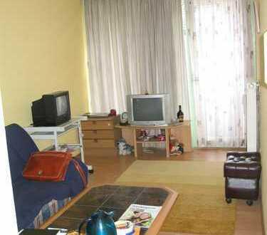 KAPITALANLAGE par excellence - 1-Zi.-Apartment mit ca. 20 m² und kleinem Balkon direkt in Herrenberg
