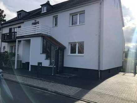 Geräumiges Haus mit vielfältigen Wohn-Möglichkeiten direkt am Schwarzbach zu vermieten