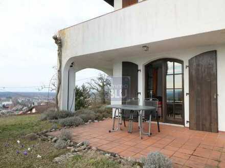 Sofortbezug, hell, Sonnen-Terrasse mit traumhaftem Blick in die Rheinebene, Garagen-Stellplatz, ....