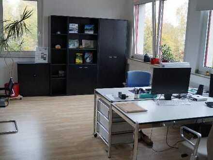 Büroetage (171 qm) zu vermieten