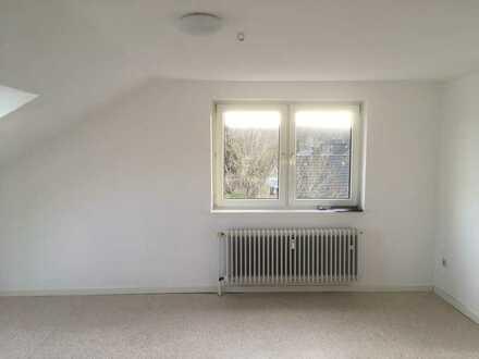 Ruhig gelegene und helle 2,5-Zimmer Wohnung in Do-Brechten - mit EBK und Gartenanteil (optional)