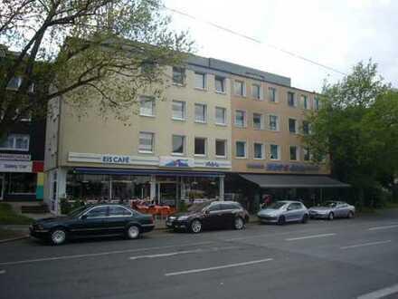 Helle 2,5 Zimmer-Wohnung in Bochum-Höntrop im 1. OG