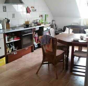 Günstige, geräumige und gepflegte 4-Zimmer-DG-Wohnung mit EBK in Sankt Wendel