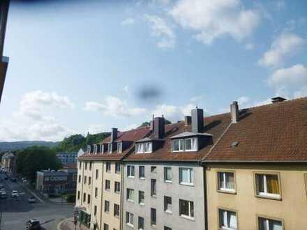 *Schöne renovierte 3-Zimmer Wohnung mitten in Hagen-Innenstadt mit Balkon*