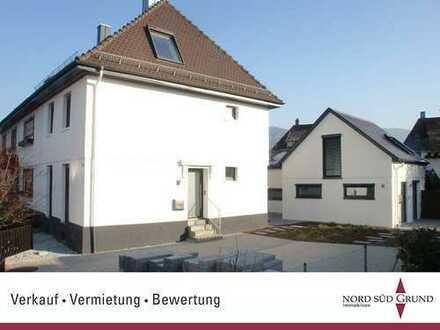 Bühl-Innenstadt. 4-ZKB DHH, ca. 106 m². Beste Ausstattung + Atelier-Haus 60 m². Stellplätze