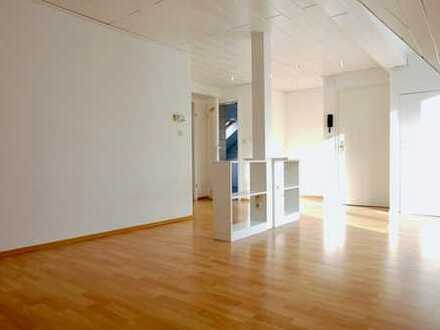 Dachgeschosswohnung in Wesel, Top Lage
