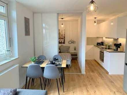 Erstbezug nach Renovierung: voll möbliertes 1,5-Zimmer Apartment - ab sofort frei