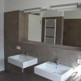Luxuriöse 2-Zimmer Gartengeschoss-Wohnung mit Luxusküche in Top Lage von Metzingen