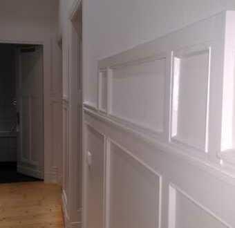 2 Zimmer (40 qm!) in schöner 103 qm-Altbau-WG zu vermieten