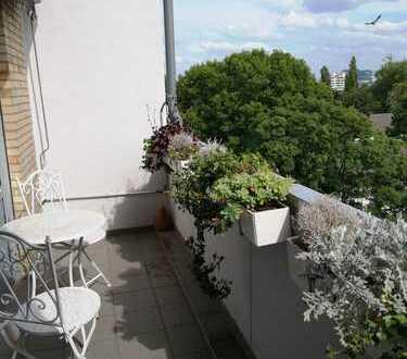 Erstbezug nach Sanierung: 3-Zimmer-Maisonette-Wohnung mit Balkon in Düsseldorf Stockum