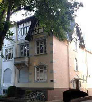 Gepflegte 3-Zimmer-Hochparterre-Wohnung in Bonn-Bad Godesberg (Villenviertel)