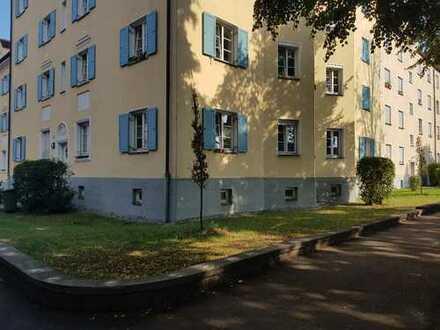 66 qm hochwertiges Wohnen in 2-Zimmer-Altbau-Wohnung (Hochparterre), Augsburg-Hochfeld