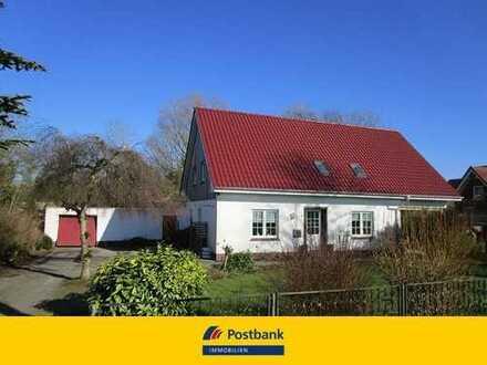 PROVISIONSFREI für den Käufer -- Großzügiges Einfamilienhaus mit Garage