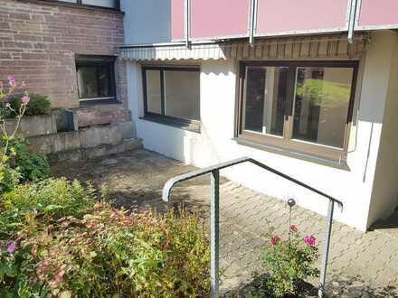 Schöne 2-Zimmer-Wohnung mit Terrasse und Blick ins Grüne in Weil der Stadt