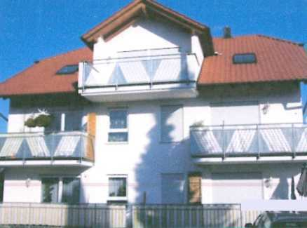 Gepflegte 4-Zimmer-DG-Wohnung mit Balkon in Neuhausen-Schellbronn