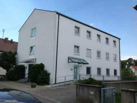 3 Zimmer Wohnung in Günzburg mit Kellerraum, Einzelgarage und Außenstellplatz