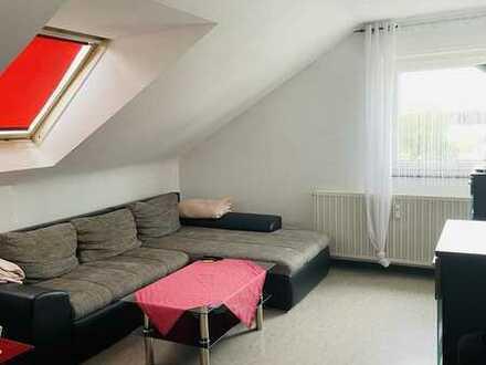 Charmante DG-Wohnung in Sandweier
