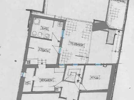 Modernisierte 4-Zimmer-Wohnung mit Balkon und EBK in Freinsheims Altstadt