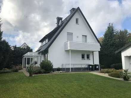 Schönes und sehr gepflegtes Haus mit vier Zimmern in Bielefeld-Vilsendorf