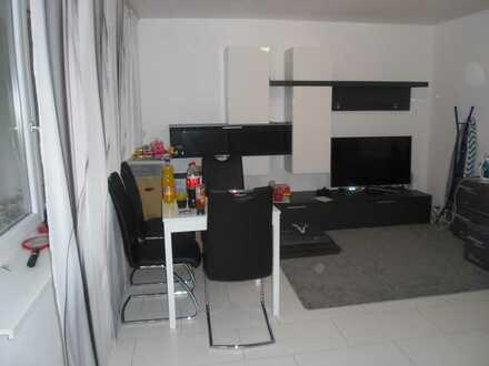 Gepflegte 3-Zimmer-Wohnung mit Balkon und EBK in Metzingen