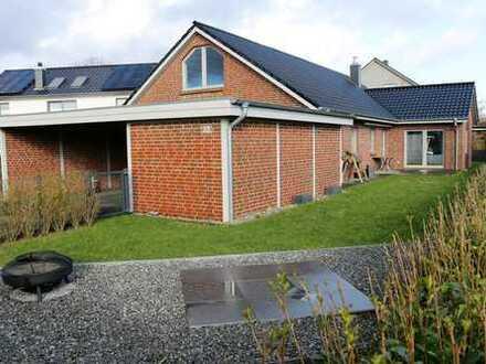 Attraktiver Bungalow mit fünf Zimmern und Ausbaureserve in Harrislee