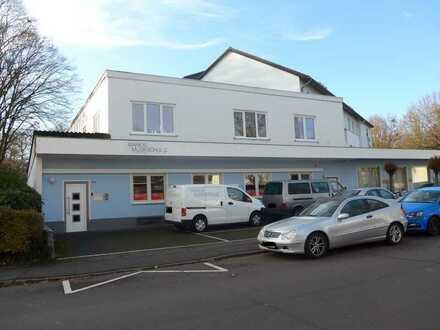 Sanierte, helle 7-Zimmer-Büro-/Praxisetage in Pennenfeld
