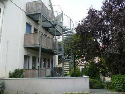 Schöne 2- Zimmer Dachgeschoßwohnung in ruhiger Wohnlage