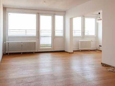 Vollständig renovierte 3,5-Zimmer-Penthouse-Wohnung mit Dachterrasse in Ludwigshafen am Rhein