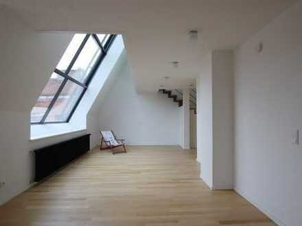 Lichtdurchflutete Penthousewohnung mit Dachterrasse am Sendlinger Tor