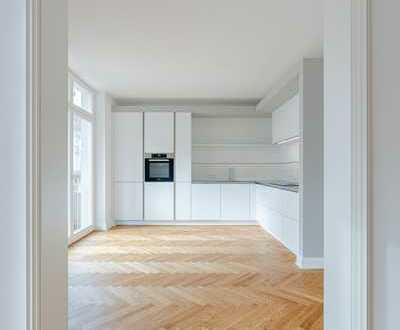 Exklusive Altbauwohnung mit herausragender Ausstattung: 2 Bäder, Kamin, EBK, Balkon etc.