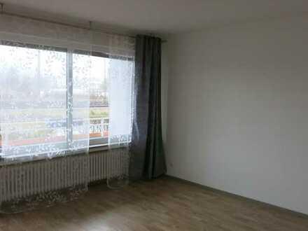 3-Zimmer-Erdgeschosswohnung mit Balkon und Einbauküche in Coburg
