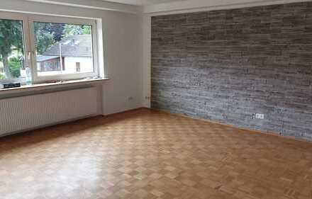 Modernisierte 3-Zimmer-Wohnung mit Balkon und EBK in Odenthal