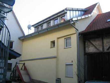 3 Fam. Haus im Zentrum von Leonberg, ruhige Lage