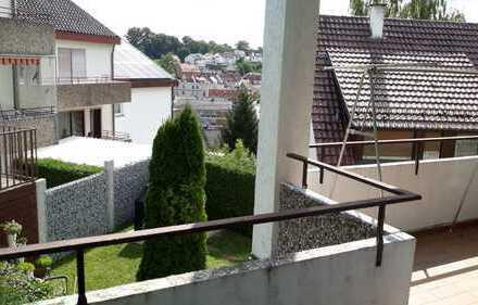 Exklusive 5-Zimmer-EG-Wohnung mit Balkon und EBK in Ostfildern