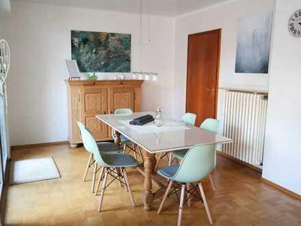 Ansprechendes Haus mit zwei Zimmern und Einbauküche in Alt-Homberg, Duisburg