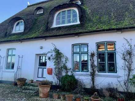 Altes Land! Neues Zuhause? Wunderschönes Reetdachhaus