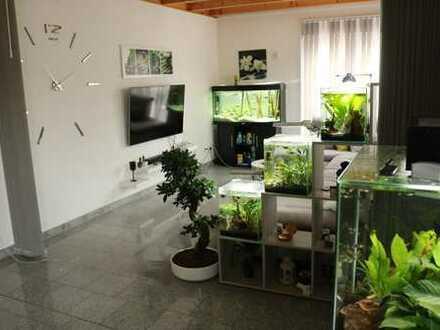 17 m2 möbliertes Zimmer in einer moderne neubau Maisonette mit (150m2)