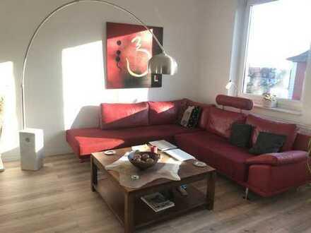 Möblierte 2-Zimmer-Wohnung für 12 Monate mit Balkon und EBK in Hannover / List zu vermieten