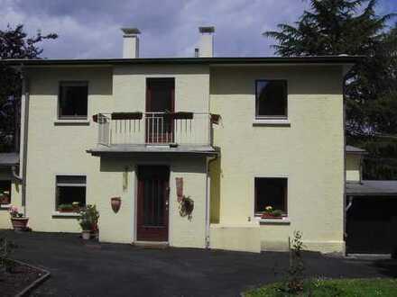 Gepflegtes Einfamilienhaus mit drei Zimmern und Einbauküche in Benninghofen, Dortmund