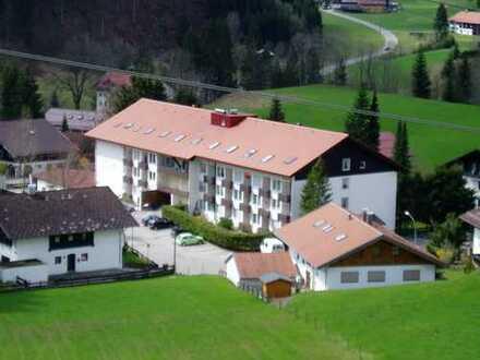 Gepflegte 1-Zimmer-DG-Wohnung in Oberstdorf-Tiefenbach